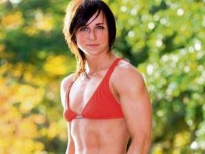 """Die """"schöne Thaiboxerin"""" Ania Fucz"""